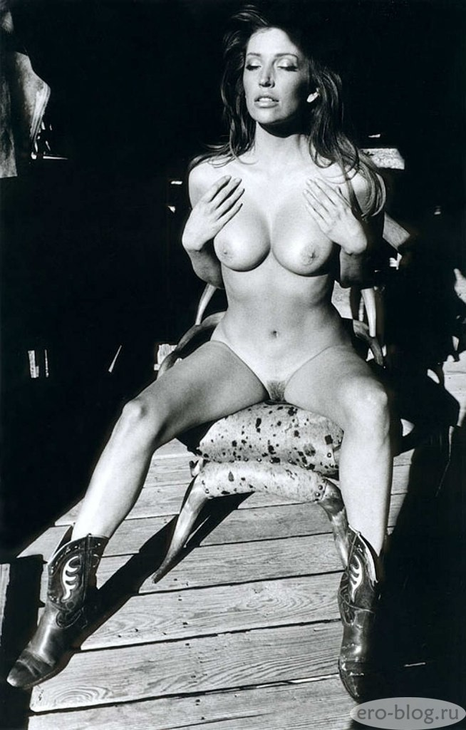 Голая обнаженная Анжелика Бриджес интимные фото звезды